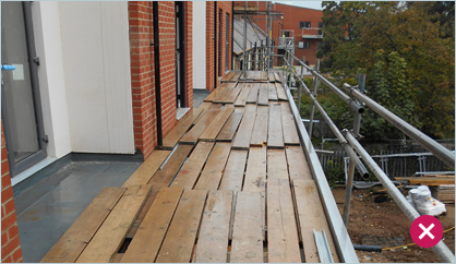 Avoid lapping boards on scaffolds